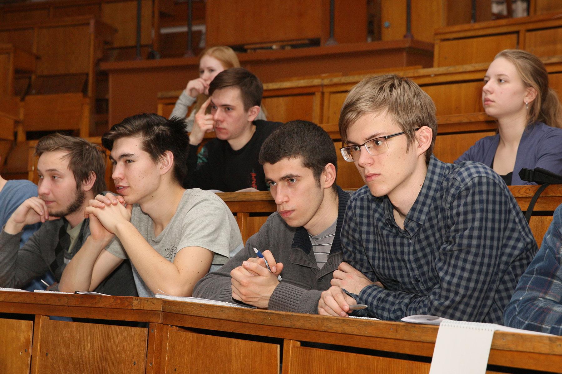 Студенты МФТИ выбирают «Алмаз»